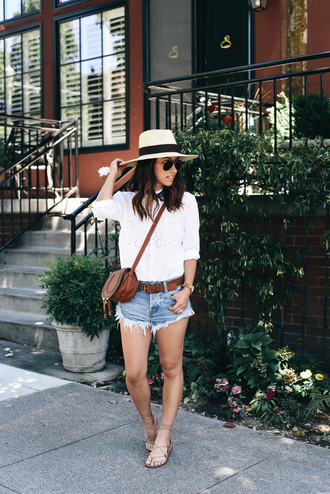 crystalin marie blogger belt hat bag shoes white top straw hat shoulder bag brown bag denim shorts short shorts fringes lace up flats round sunglasses gap aviator sunglasses white high heels white hat crossbody bag sandals flat sandals