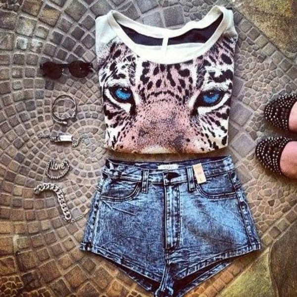 shirt beautiful shorts accessories cute leopard print sweater tiger tiger sweater animal face print t-shirt jewelry shoes summer outfits sunglasses