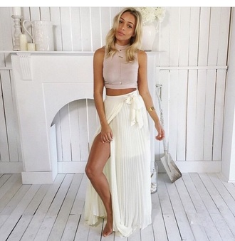 skirt maxi skirt maxi style fashion top crop tops white top white crop tops slit skirt high waisted skirt white skirt outfit two-piece