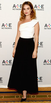 skirt,top,midi skirt,maxi skirt,black and white,lily james,one shoulder,pumps