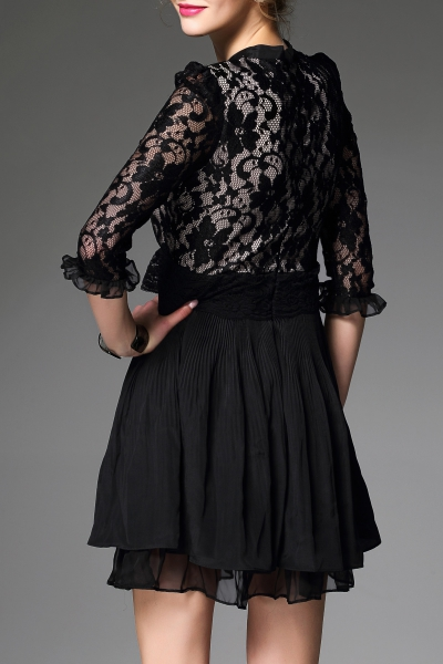 Lace Spliced Pleated Dress