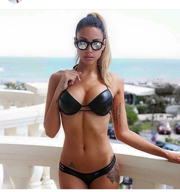 Wetlook bikini