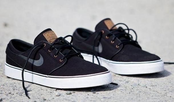 janoski black shoes