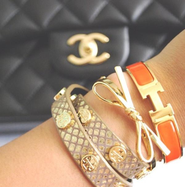 Hermes Bijoux Femme Bracelet  Hermes inspired enamel clic h bracelet orange  black