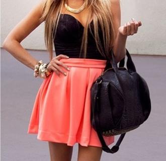 dress crop tops black t-shirt black bustier skirt rose skirt