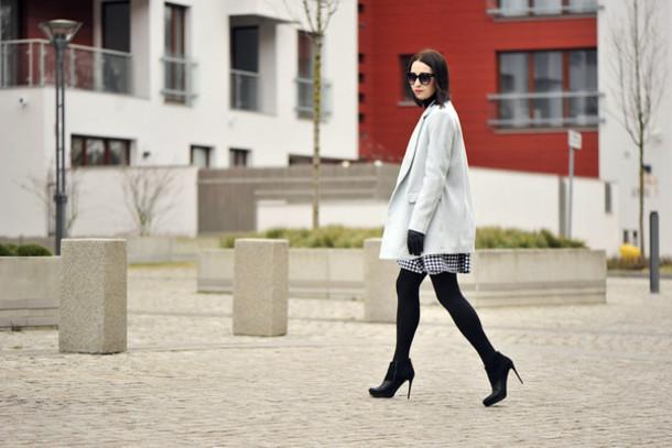shiny sil blogger shoes skirt bag coat jewels sunglasses