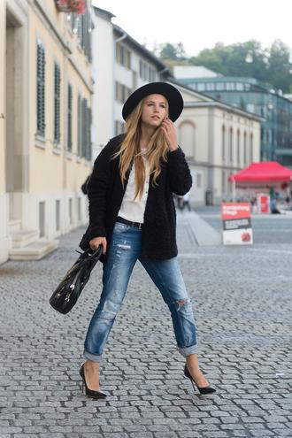 fashion gamble blogger jacket blouse jeans bag