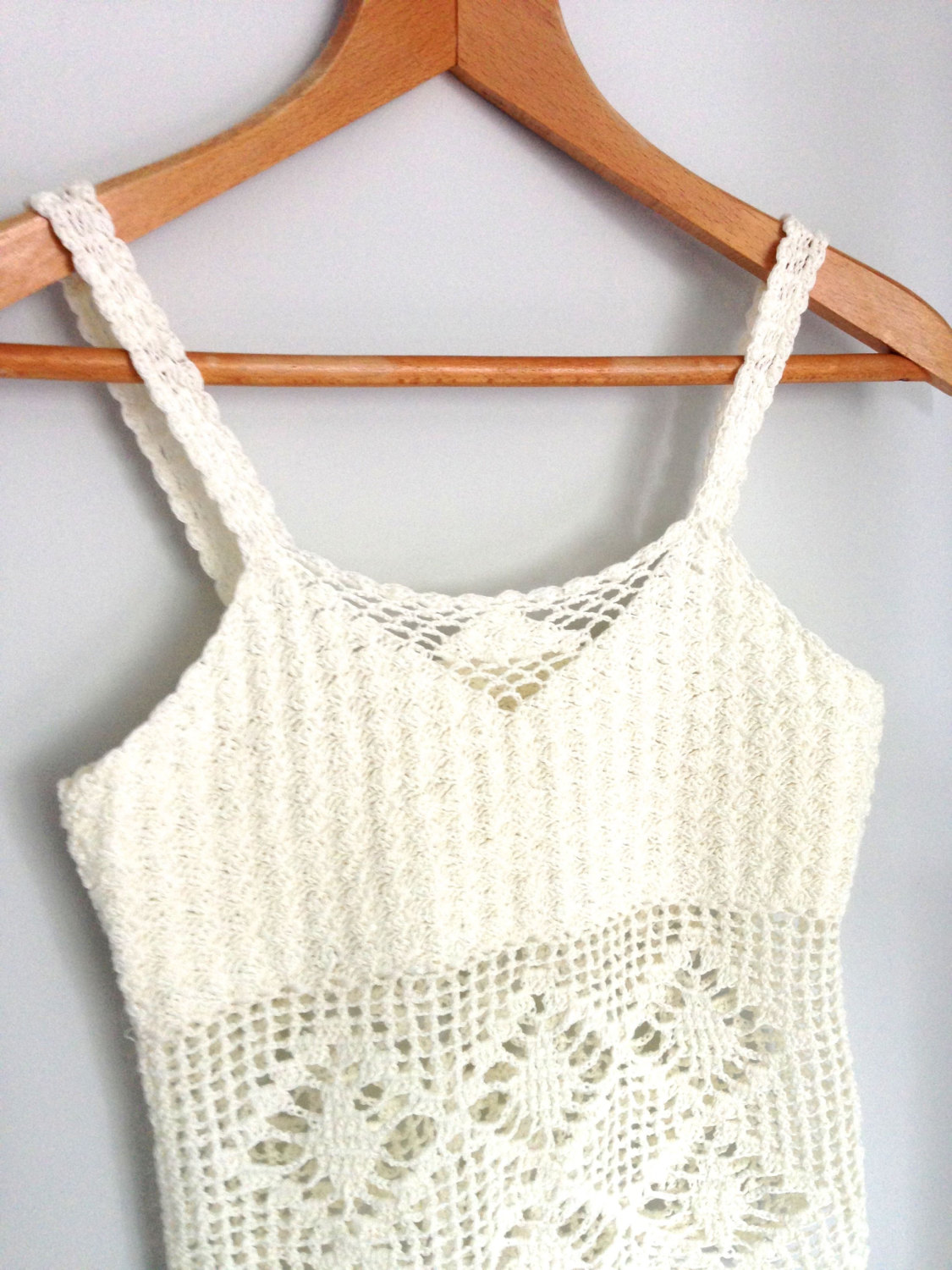 White crochet tank top / 70s boho lace knit festival top / small