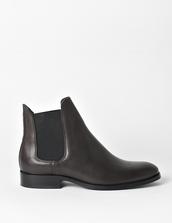 shoes,black,chelsea boots