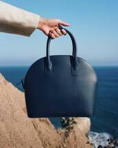 bag,blue bag