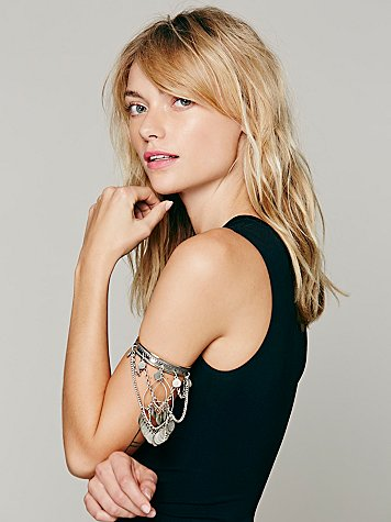 Stretch Upper Arm Band at Free People Clothing Boutique