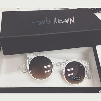 sunglasses nastygal white