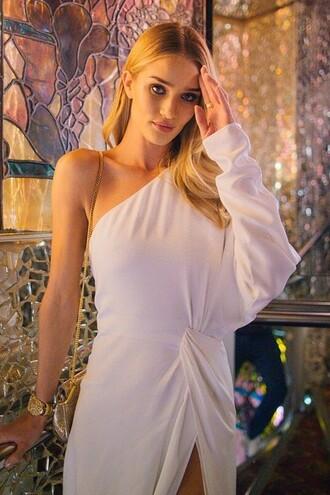 dress bag fashion week 2014 rosie huntington-whiteley white dress purse
