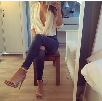 blouse fashion style fblogger plunge plunge v neck pants