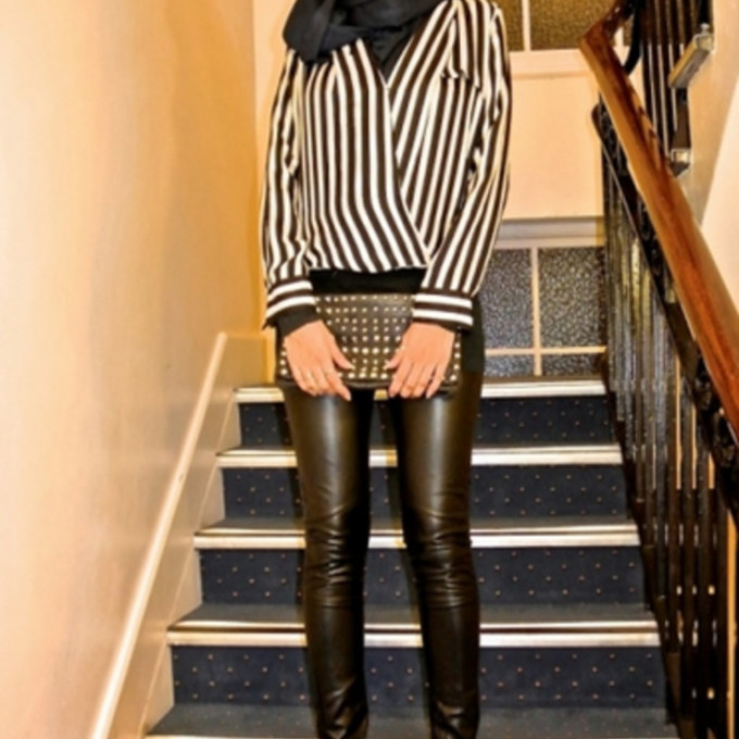 leggings shoes cute black bag high heels studs blouse white pumps ootn chic oversized clutch clutch edgy style pleather faux leather leggings vertical stripes black and white striped blouse heels, pumps, red, shoes, high heels, head scarf scarf red