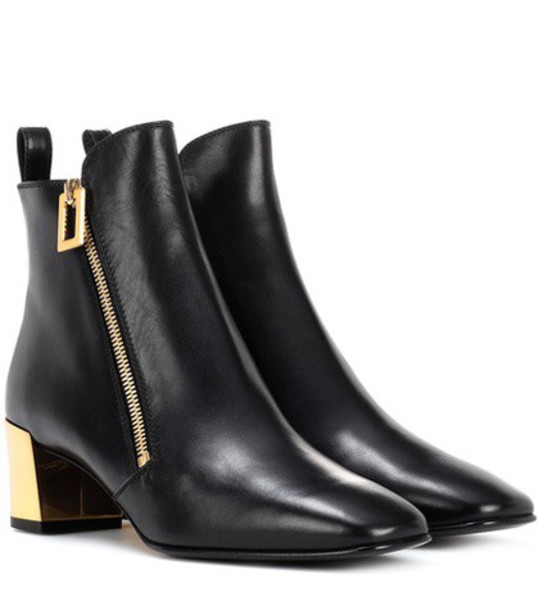 Roger Vivier leather ankle boots zip boots ankle boots leather black shoes