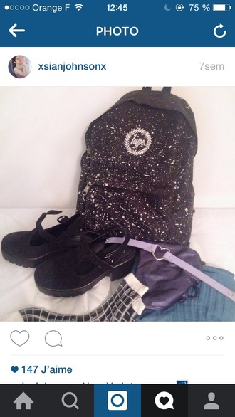 bag black hype tumblr white tumblr outfit