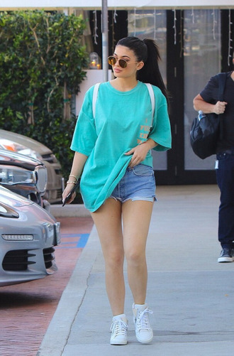 top t-shirt sneakers shorts denim shorts oversized oversized t-shirt kylie jenner kardashians shirt sky blue
