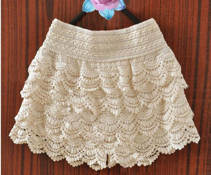 Cute fashion lace shorts