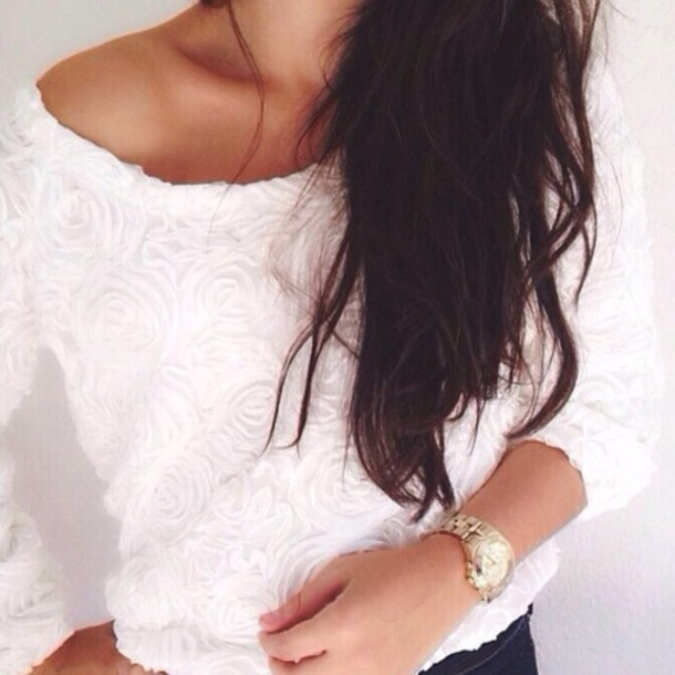 sweater white rose