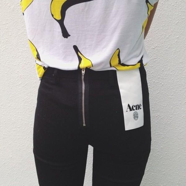 shirt banana shirt white tee banana print white t-shirt graphic tee white graphic t-shirt white shirt with print jeans blouse