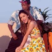 skirt,sunflower,ariana grande,blouse
