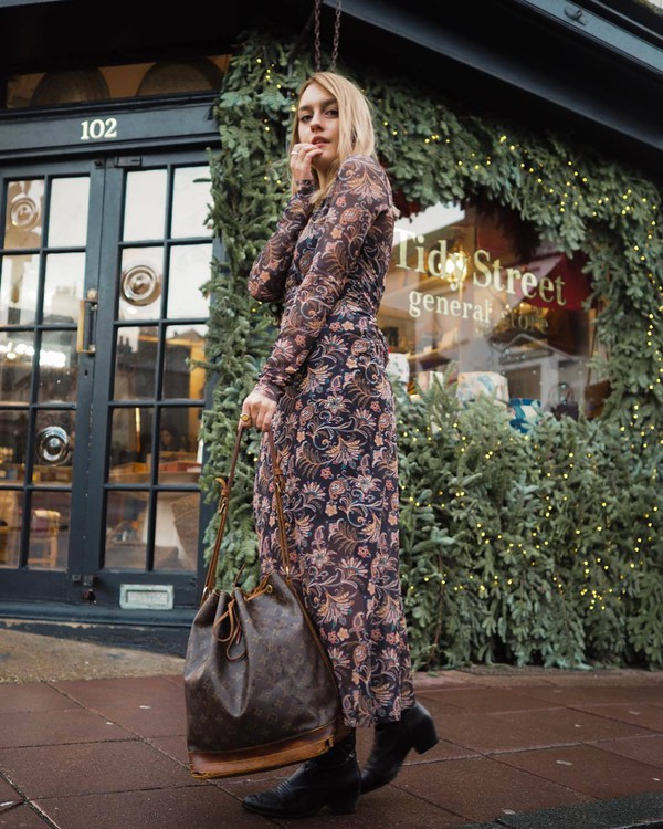shoes western boots black boots leather boots brown bag maxi dress floral dress