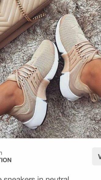 shoes nike fly knit presto in beige nudes
