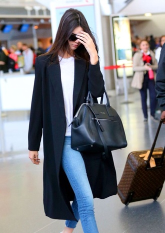 coat kendall jenner bag black shoes jacket long coat clothes kendall and kylie jenner white kendall jenner black jeans style designer bag white blue light blue jeans streetwear victoria's secret victoria's secret model airport style