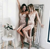 dress,prom dress,fancy,perfecto,amazing,nude,glitters,sparkle,sparkly dress,need ,perfect combination,shoes,heels
