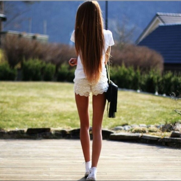 shorts clothes hot pants bag girly fashion converse t-shirt top hot nice style summer outfits summer oufit