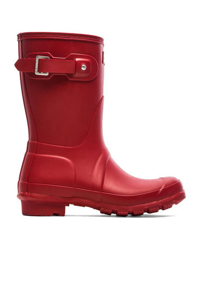 boot short red