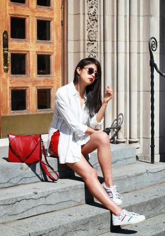 chicmuse blogger red bag oversized shirt adidas shoes
