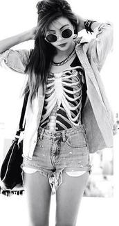 jacket,tank top,shorts,shirt,black skeleton shirt,skeleton,vest,ribs,hipster,grunge,dark,creepy