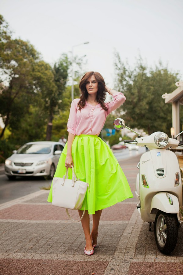 the bow-tie blogger blouse skirt bag