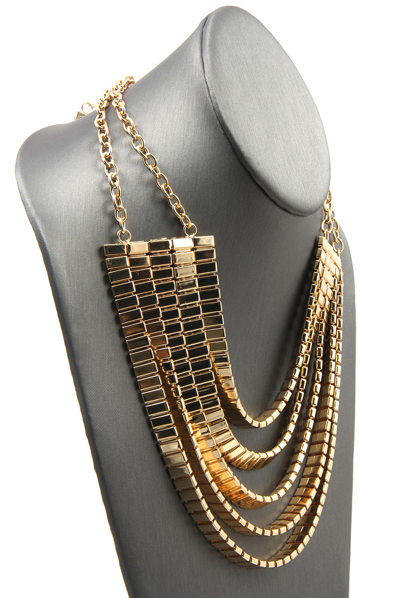 5 layer plate chain necklace