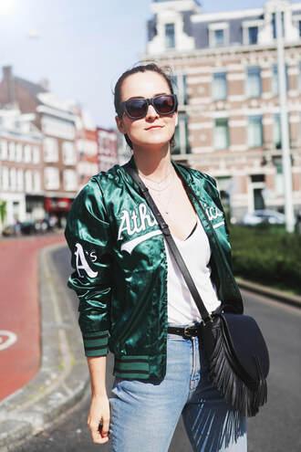 style scrapbook blogger jeans shoes t-shirt sunglasses bag