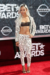 pants,top,karrueche,bet awards,blazer,suit,two-piece,bra,jacket,underwear