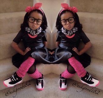hair accessory pink chain leather shirt leather dress pink pink and black fashion glasses bows hair bow nerd nerd glasses scarf chain chain link chain necklaces kids fashion leather leather skirt legs warmers jordans jordan jordans for girls nyla milan