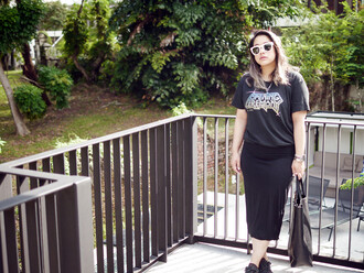 superwowomg blogger opening ceremony black skirt pink sunglasses t-shirt skirt bag shoes sunglasses