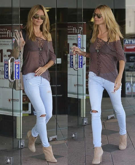 heidi klum fall outfits jeans boots top t-shirt
