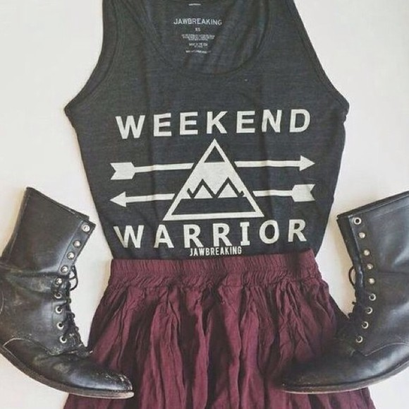 top triangle hipster summer outfits beach clothes combat boots weekend warrior boho girly jewels