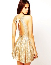 dress,gold sequin glitter dress cute simple,gold dress,sparkly dress,backless dress,Bow Back Dress,gold,sequin dress,gold sequins,homecoming,homecoming dress,short,open back dresses