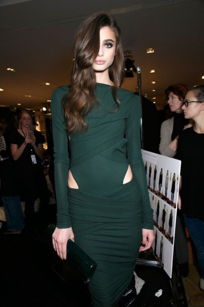 | Projets de LeviSmith | - Page 4 5dqi80-l-610x610-dress-taylor+hill-green+dress-long+sleeve+dress-cut+dress-party+dress