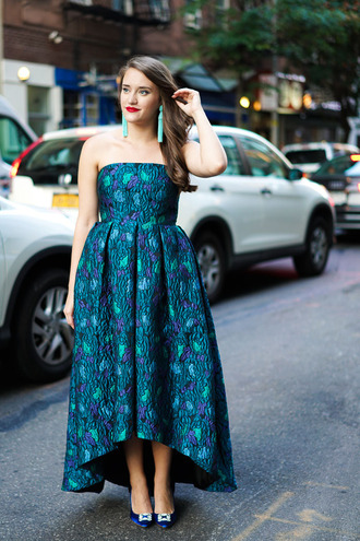 covering bases curvy blogger statement earrings bustier dress gown formal event outfit plus size prom dress plus size accent earrings