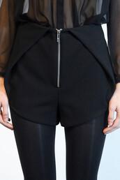 skirt,style,chic,shorts,skorts,modern,glamour,chanel,black,fashion,model,all black everything