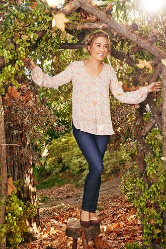 lauren conrad blogger blouse skirt
