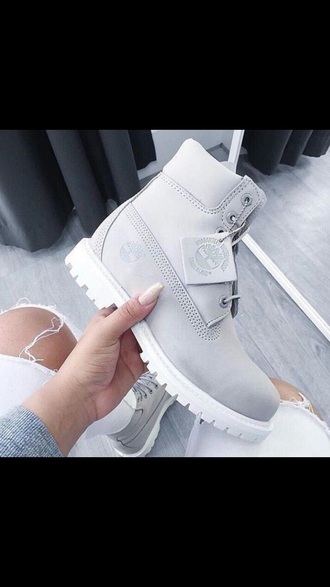 shoes timberlands boots shoes winter sneakers grey beautiful timberland flat boots grey boots white pretty