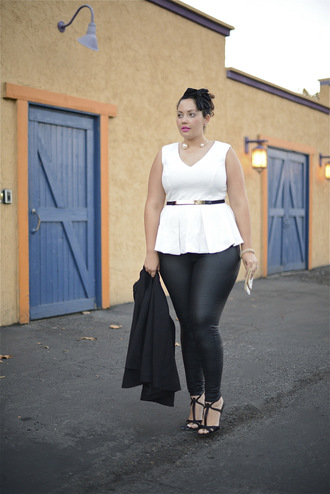 girl with curves blogger top jewels bag pearl white top curvy leather pants sandals blazer plus size top plus size leggings plus size