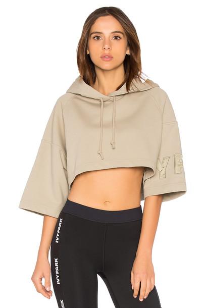 hoody short sweater